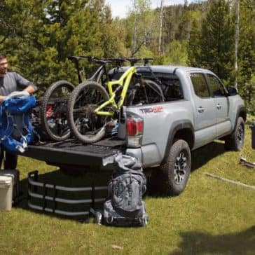 Toyota_Tacoma_Mountain_Bikes_In_Truck_Bed