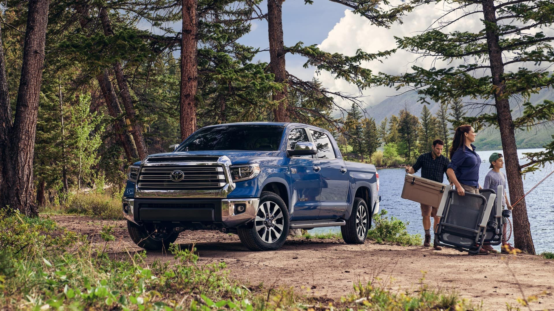 Toyota_Tundra_Camping_Site