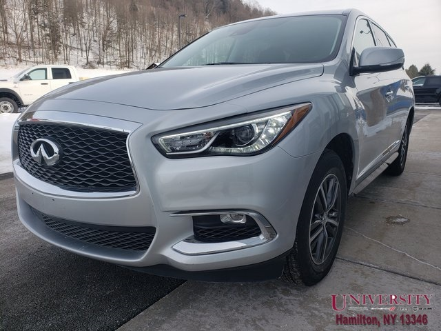 PRE-OWNED 2019 INFINITI QX60 LUXE WITH NAVIGATION & AWD