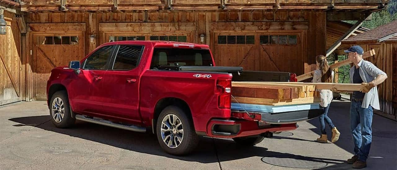 2019 Chevrolet Silverado with wood in the back