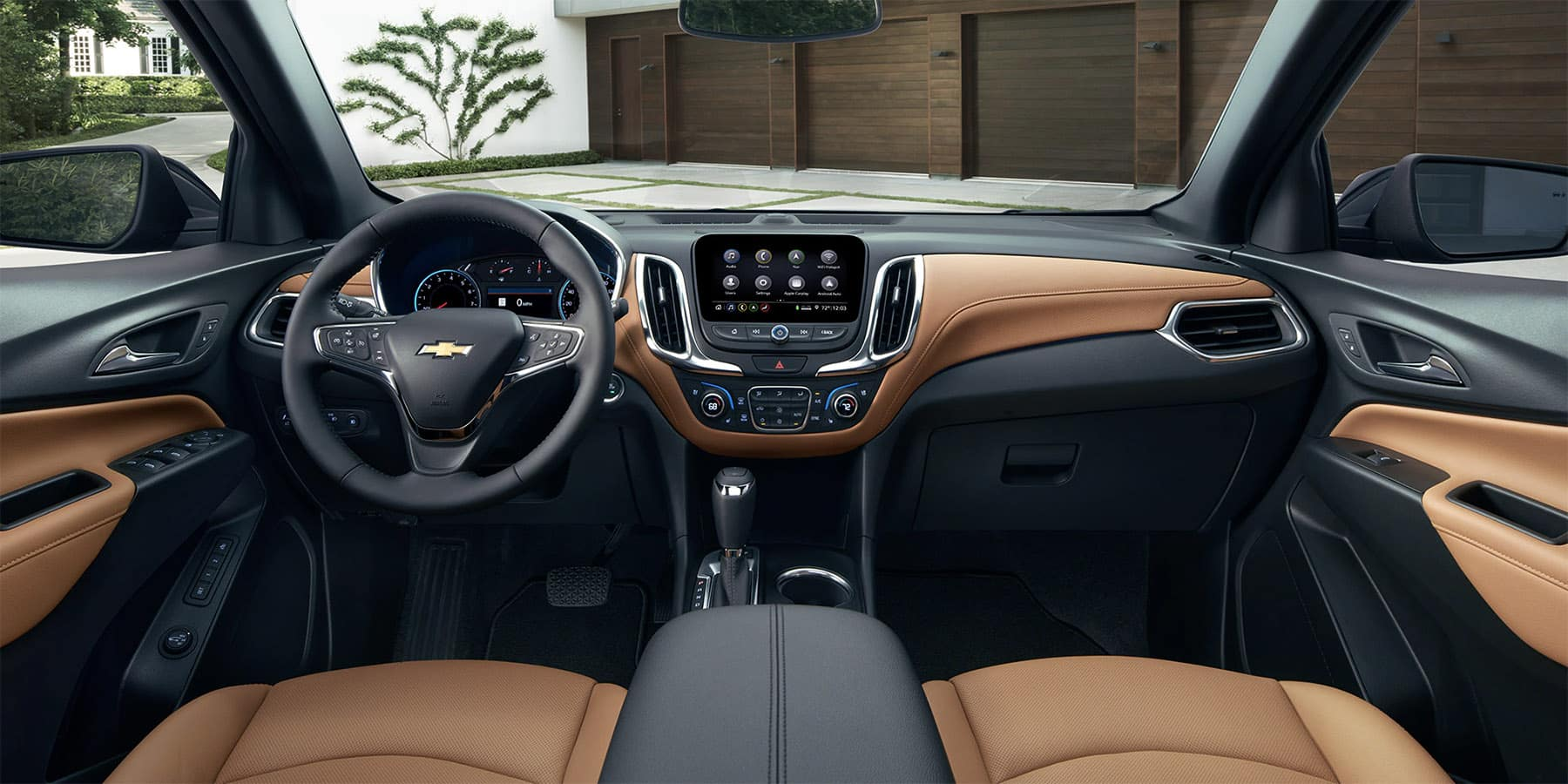 2020 Chevrolet Equinox front interior seating