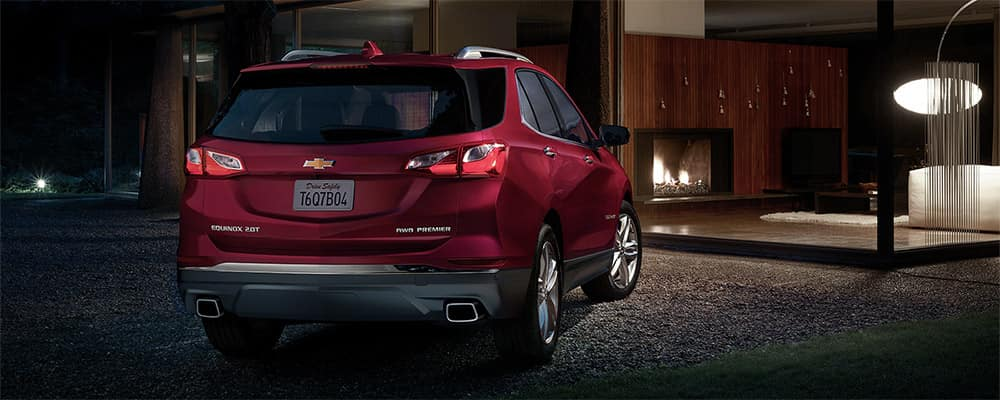 2020 Chevrolet Equinox red rear view