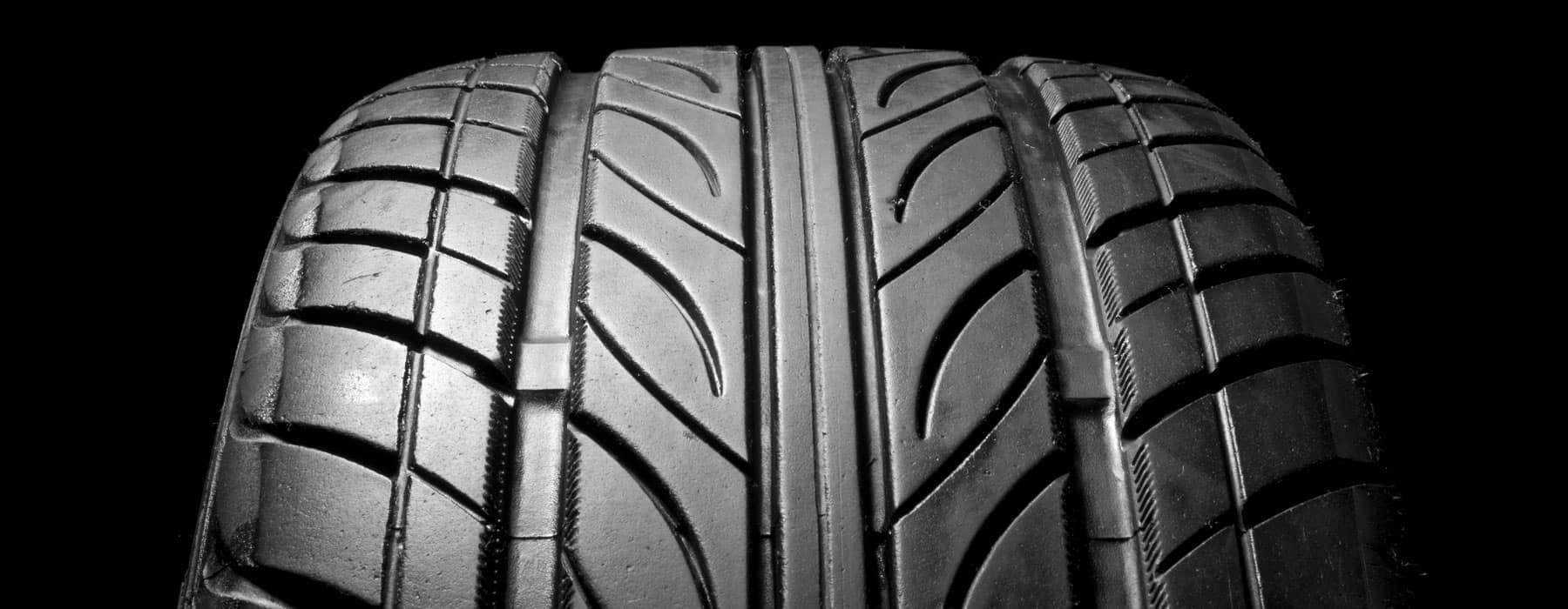 Car-Tire_4330584