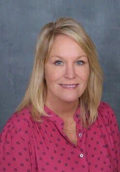 Linda (Kiki) Hopkins
