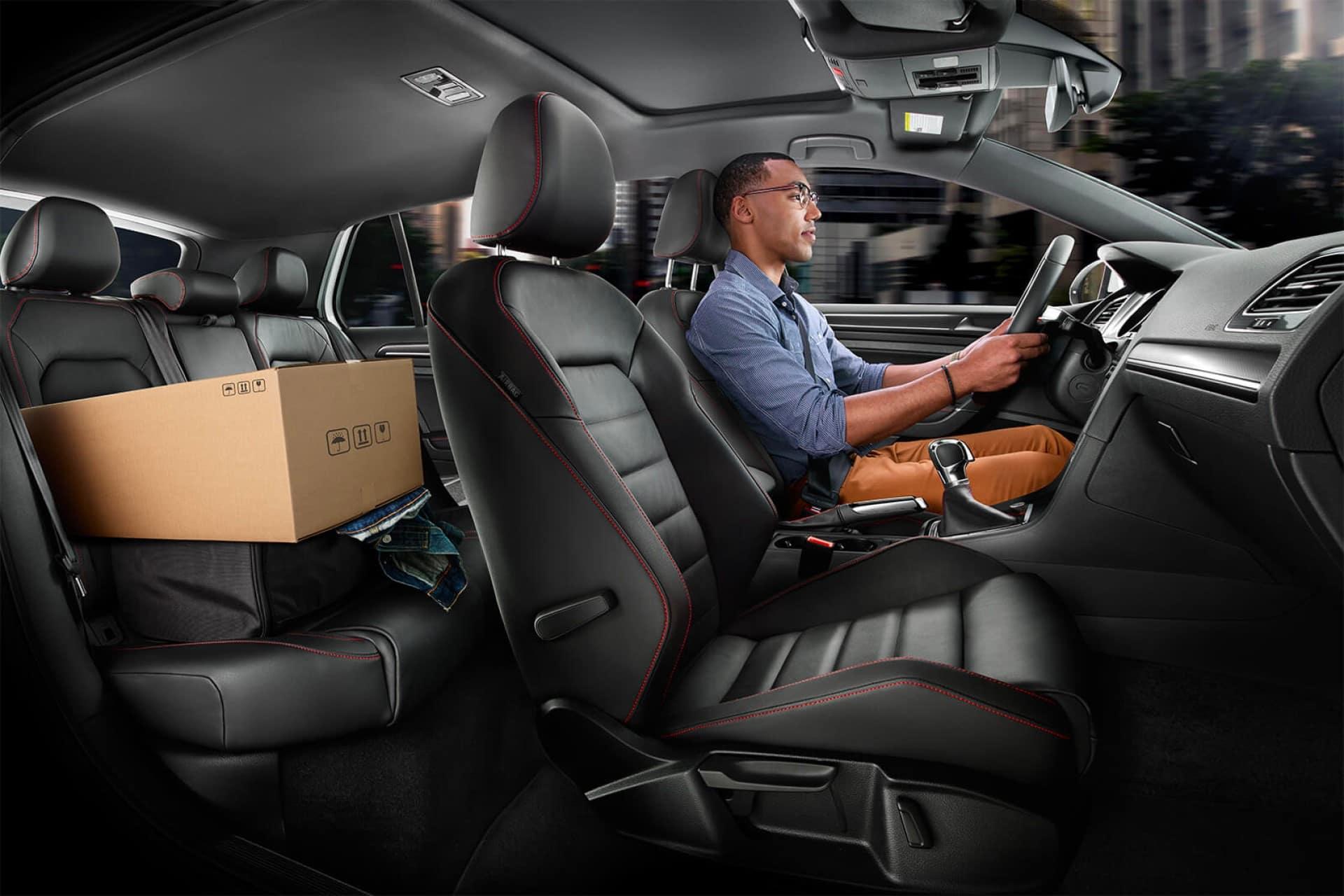 Volkswagen_Golf_GTI_Interior_Cabin_Space