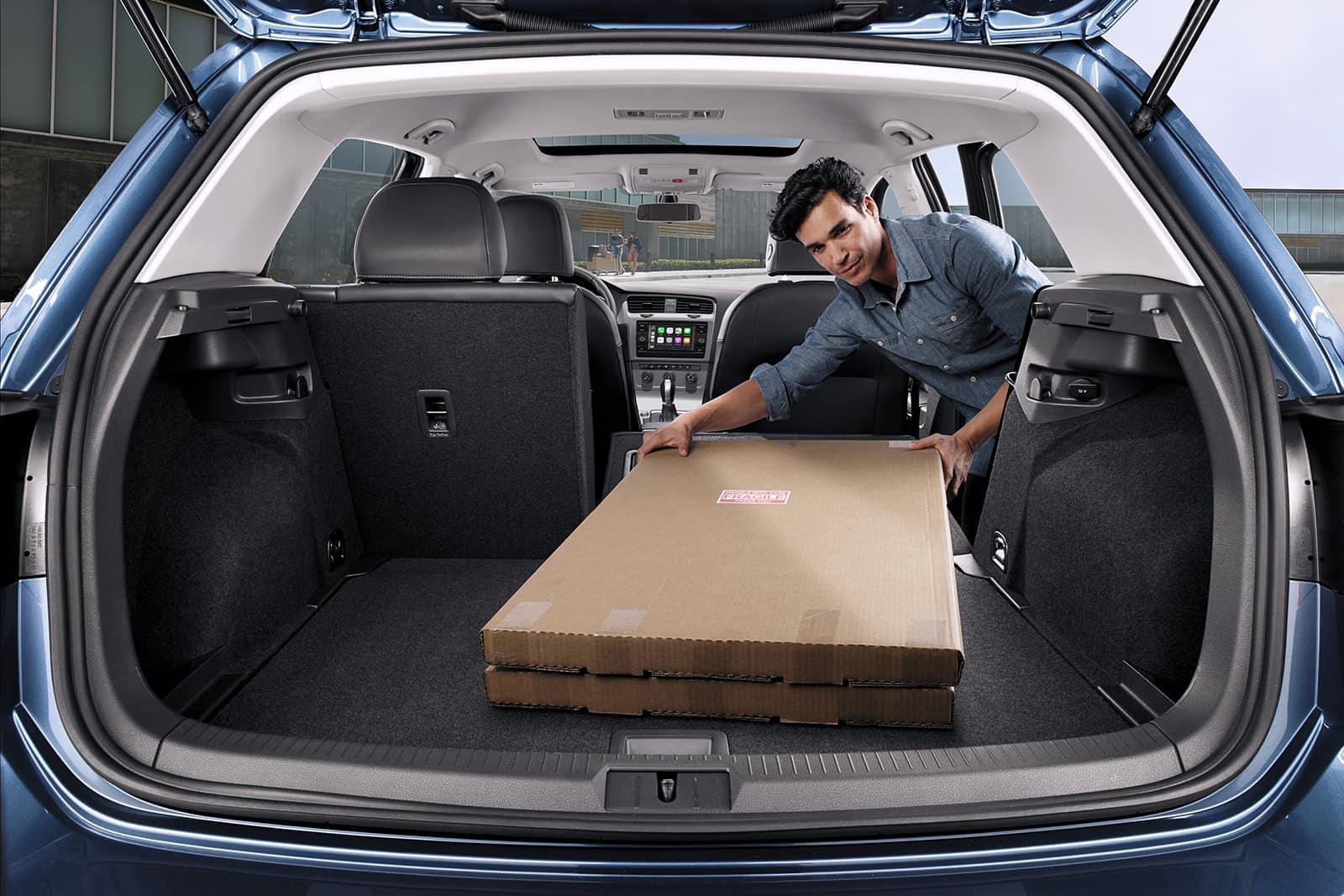 Golf Interior Cargo