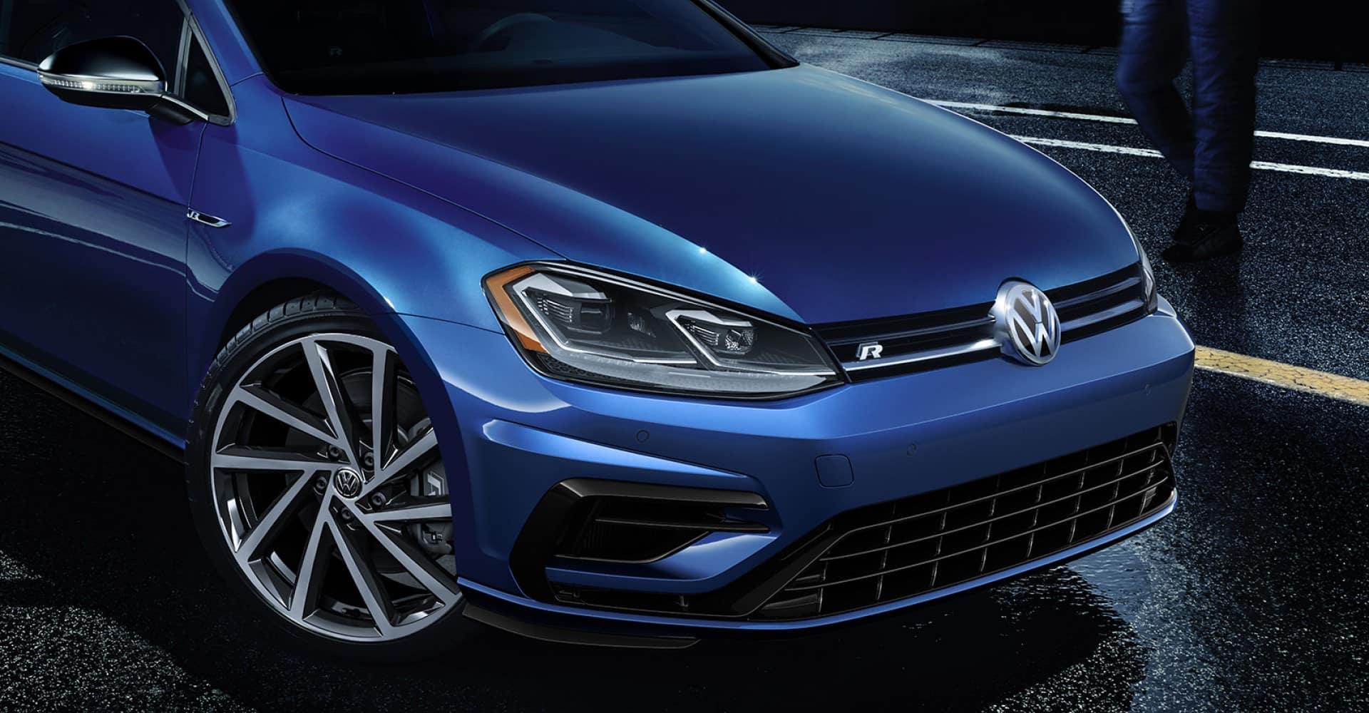 Volkswagen_Golf_R_Grille