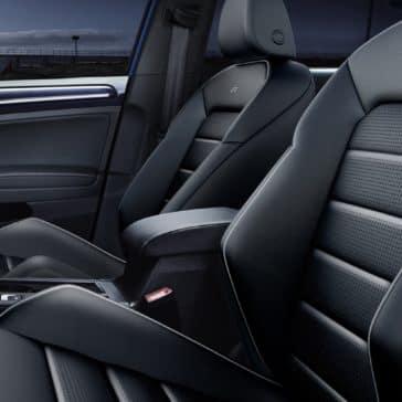 Volkswagen_Golf_R_Interior_Cabin