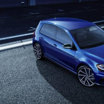 Volkswagen_Golf_R_Parked_Overhead_View