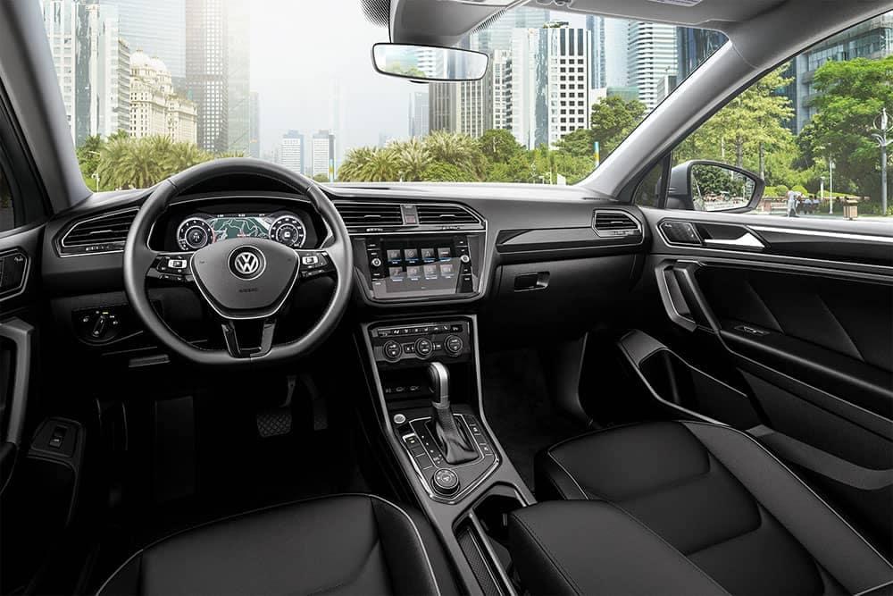 2019 VW Tiguan Dash